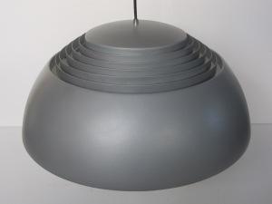 arne-jacobsen-aj-royal-Sas-copenhagen-pendant-light-06